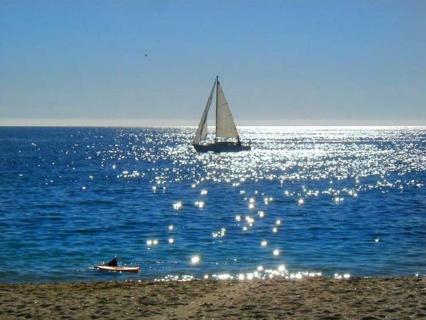 Living-by-the-ocean1.jpg